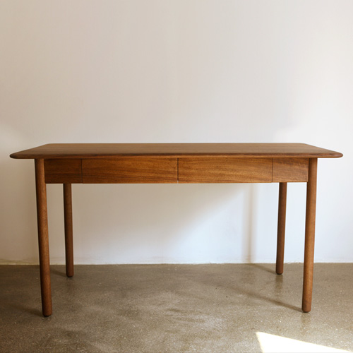 cd08. carene desk