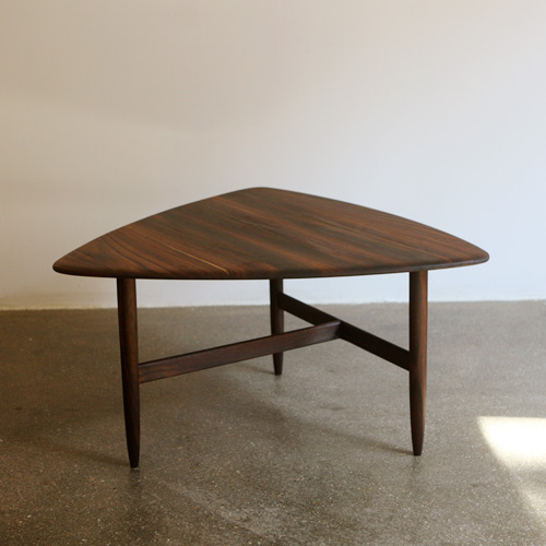 ct09. peak coffee table