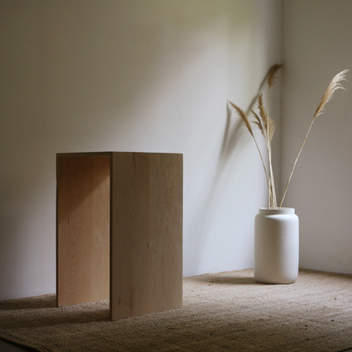MUJIN side table